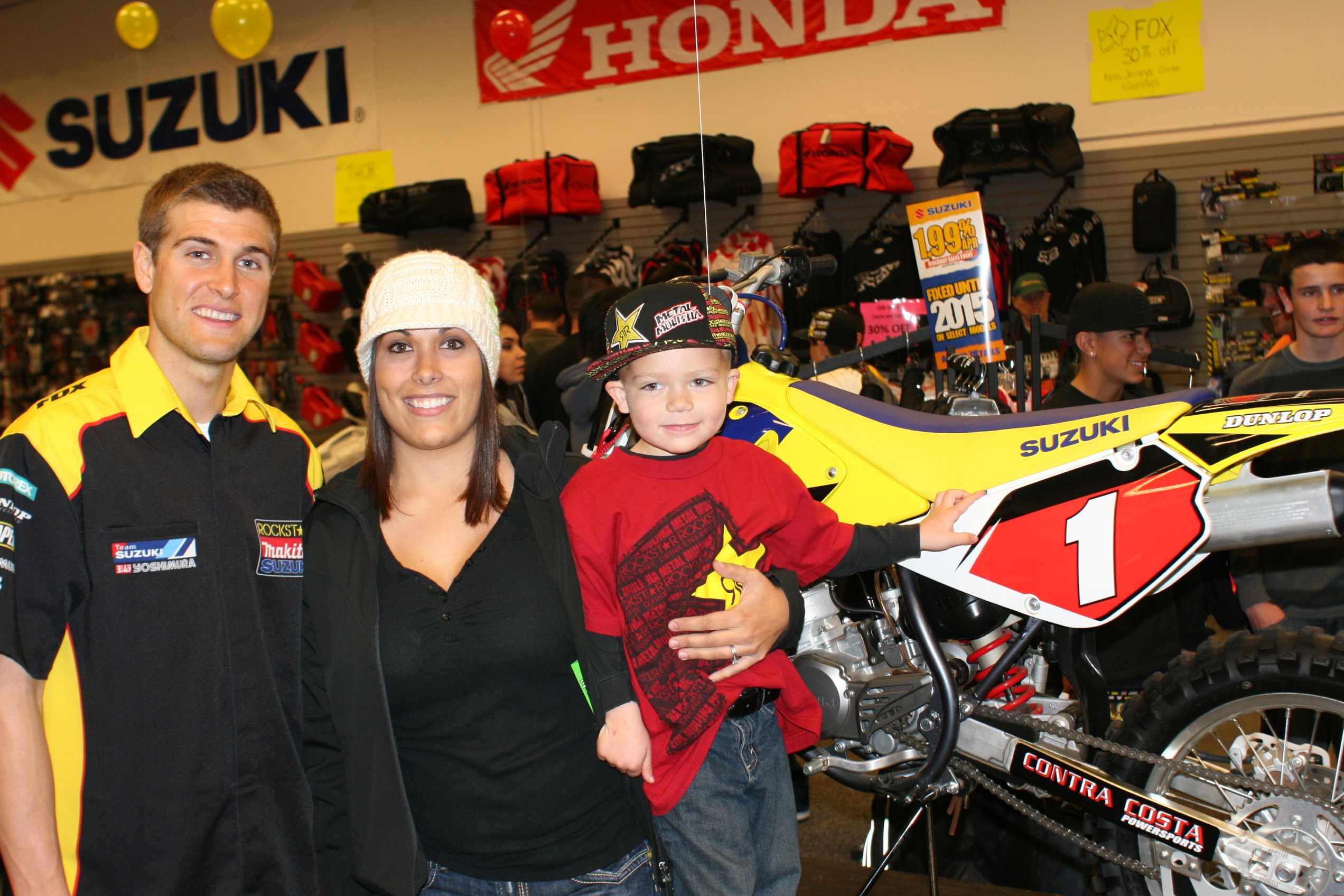 Family photo of the athlete, married to Lindsay Dungey, famous for AMA Supercross and Motocross championships.